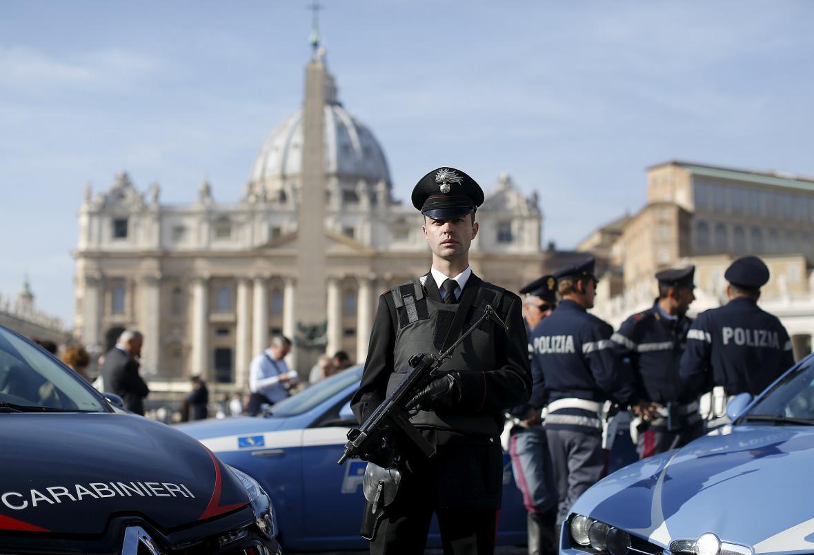 Posílené policejní jednotky ve Vatikánu