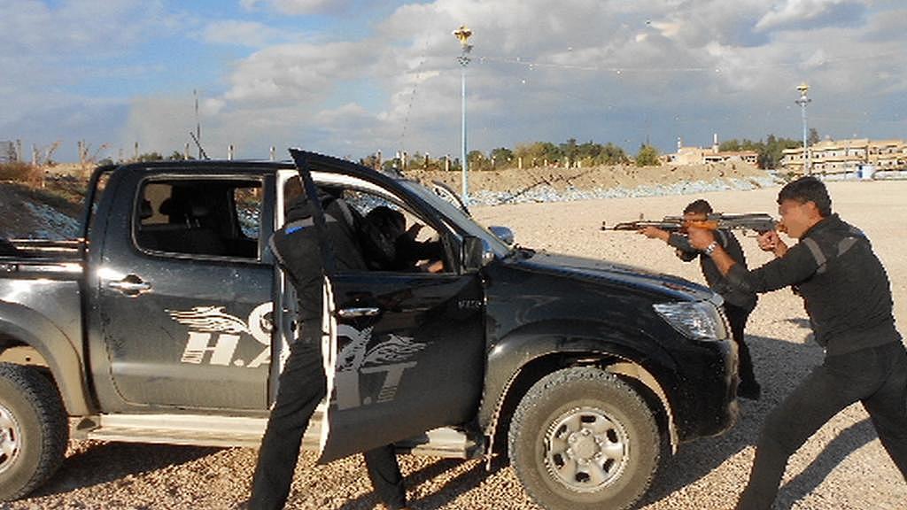 Výcvik kurdských speciálních jednotek