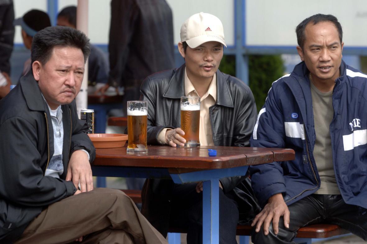 Vietnamci na pivě