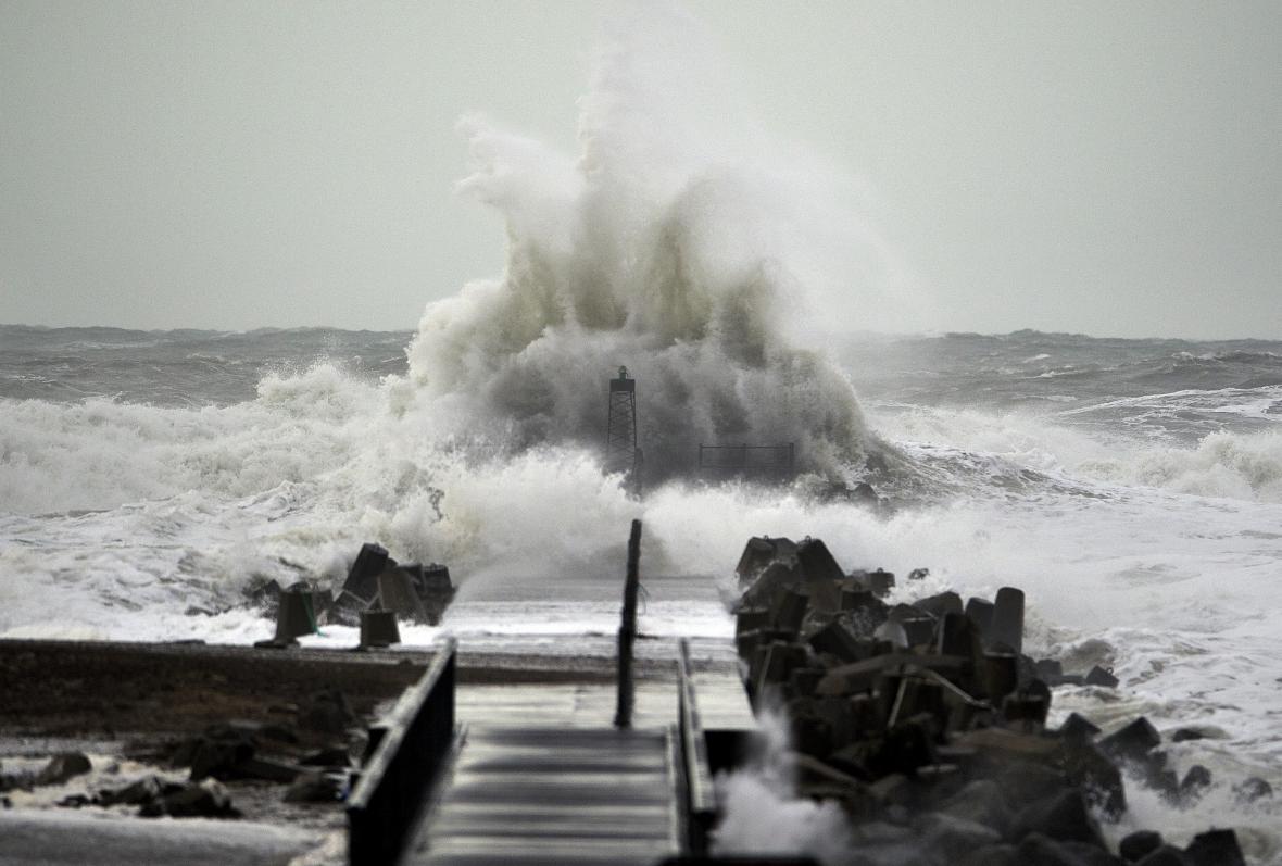 Rozbouřené pobřeží severního Dánska