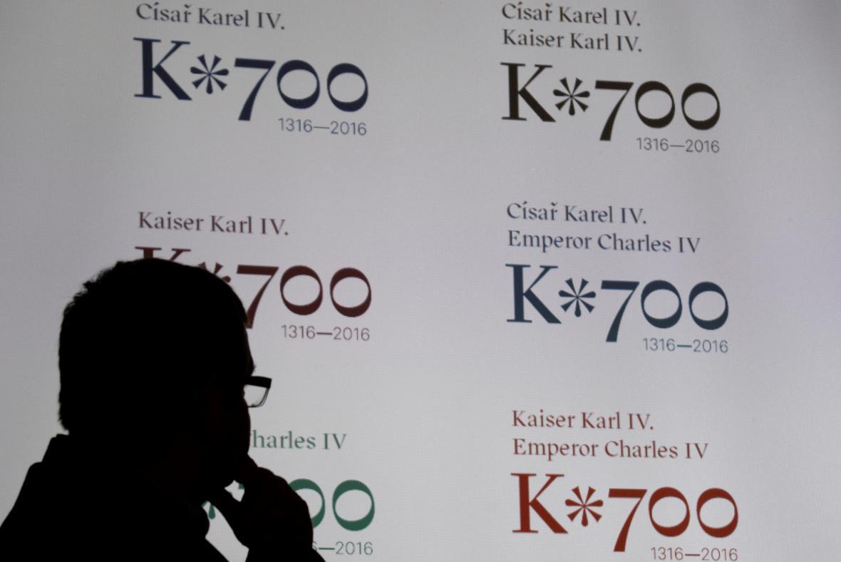 Logo k oslavám 700. výročí narození Karla IV.