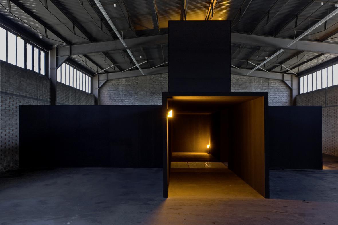 Bruce Nauman / Pokoj s mou duší, pokoj, který se nestará, 1984/2010