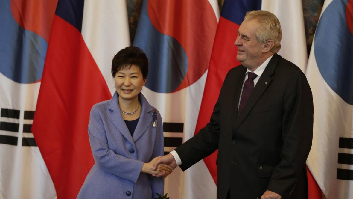 Pak Kun-hje a Miloš Zeman