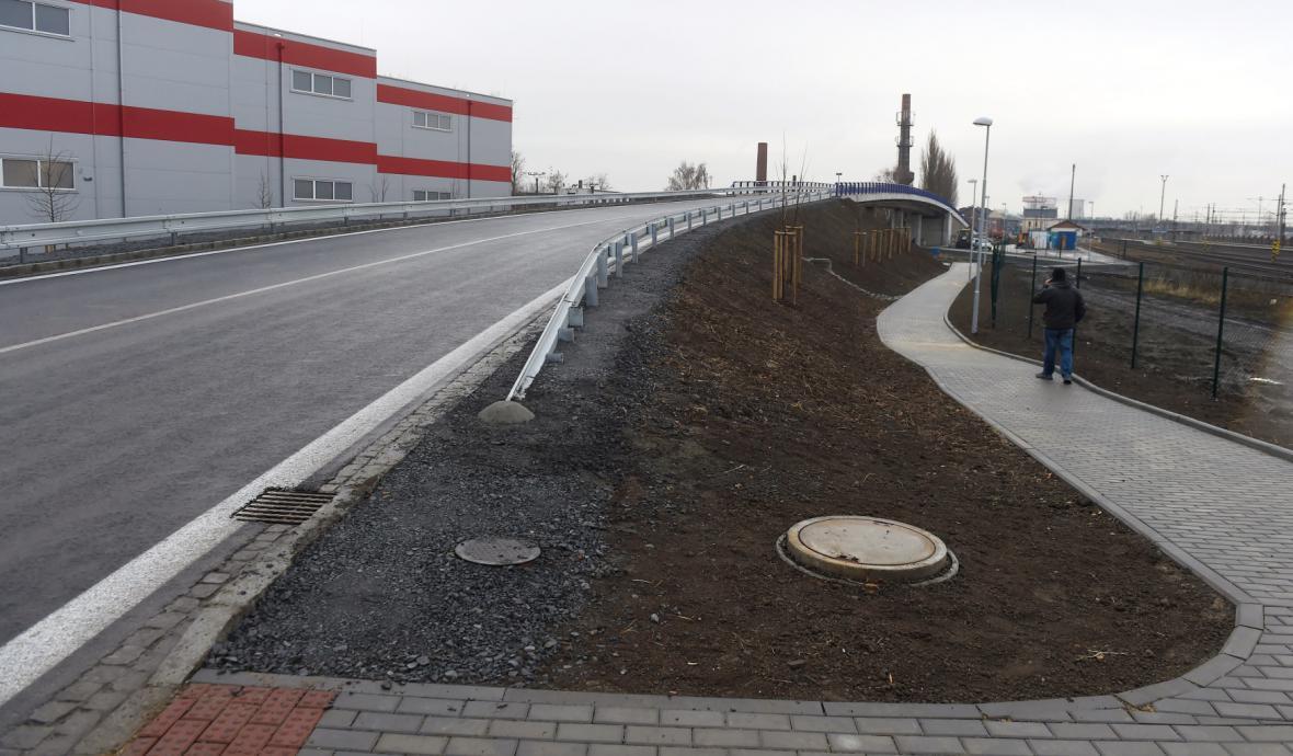 Nový úsek Bílovecké ulice v Ostravě-Svinově