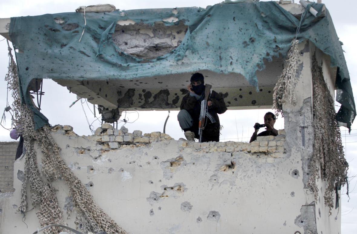 Taliban zaútočil na letiště v Kandaháru