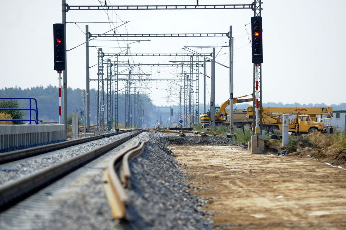 Modernizace trati Hradec – Pardubice