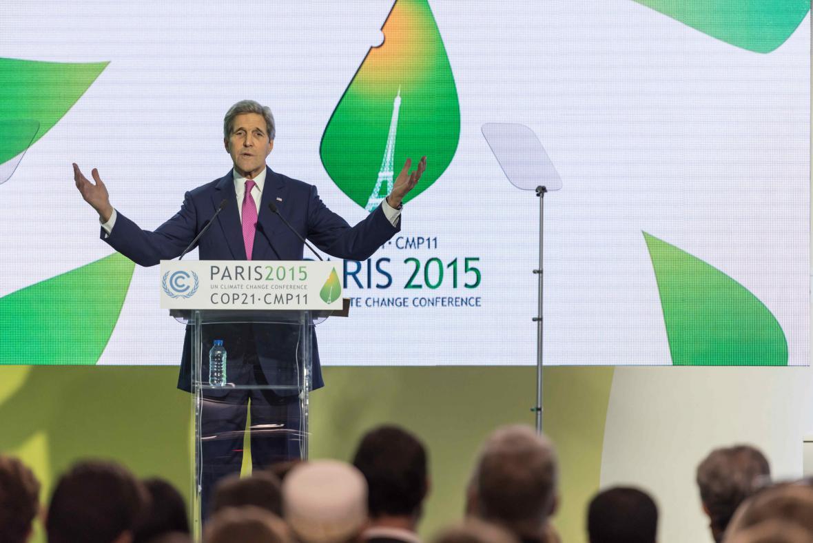 John Kerry na pařížské klimatické konferenci