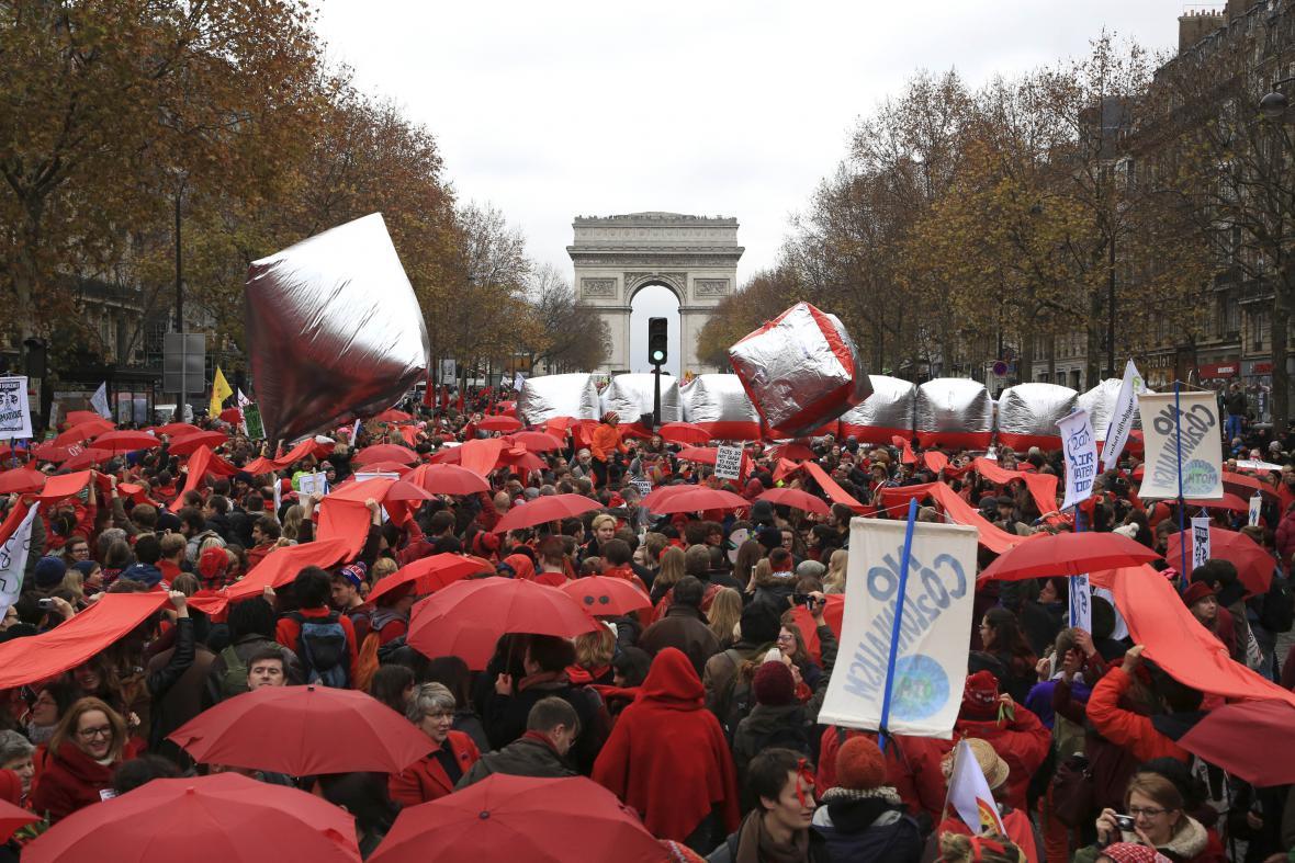 Demonstrace ekologických aktivistů v Paříži
