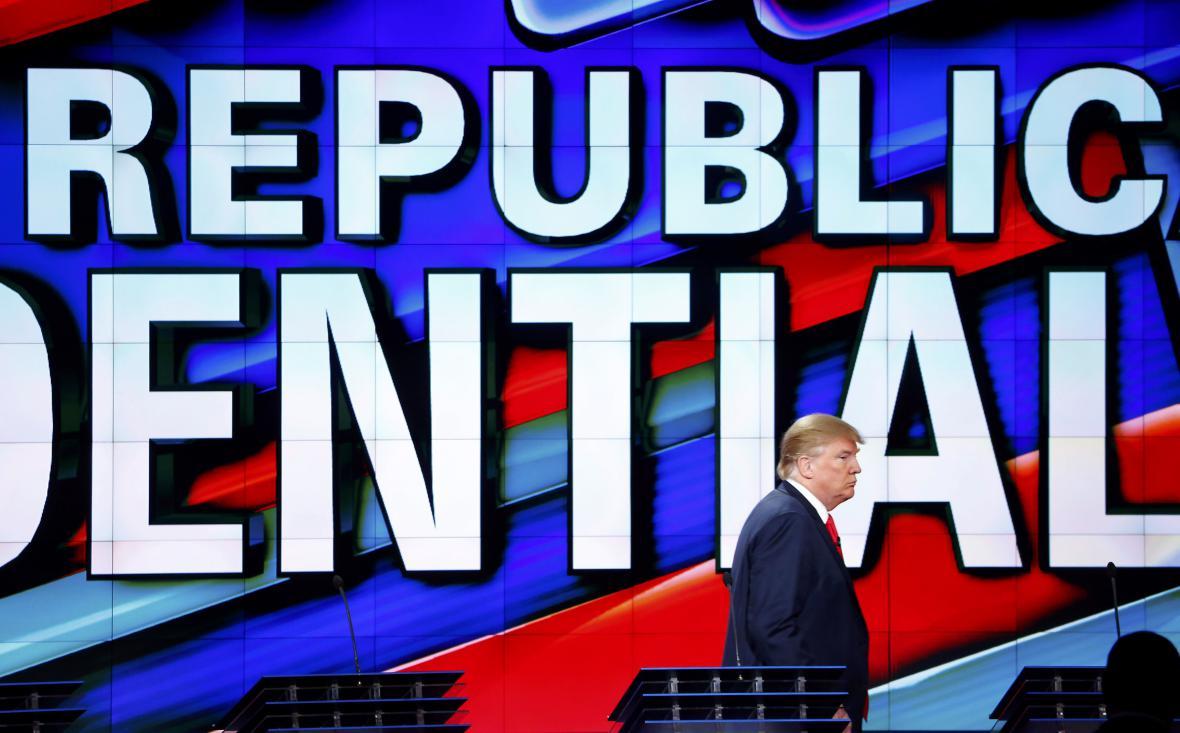 Donald Trump při poslední televizní debatě republikánů v roce 2015