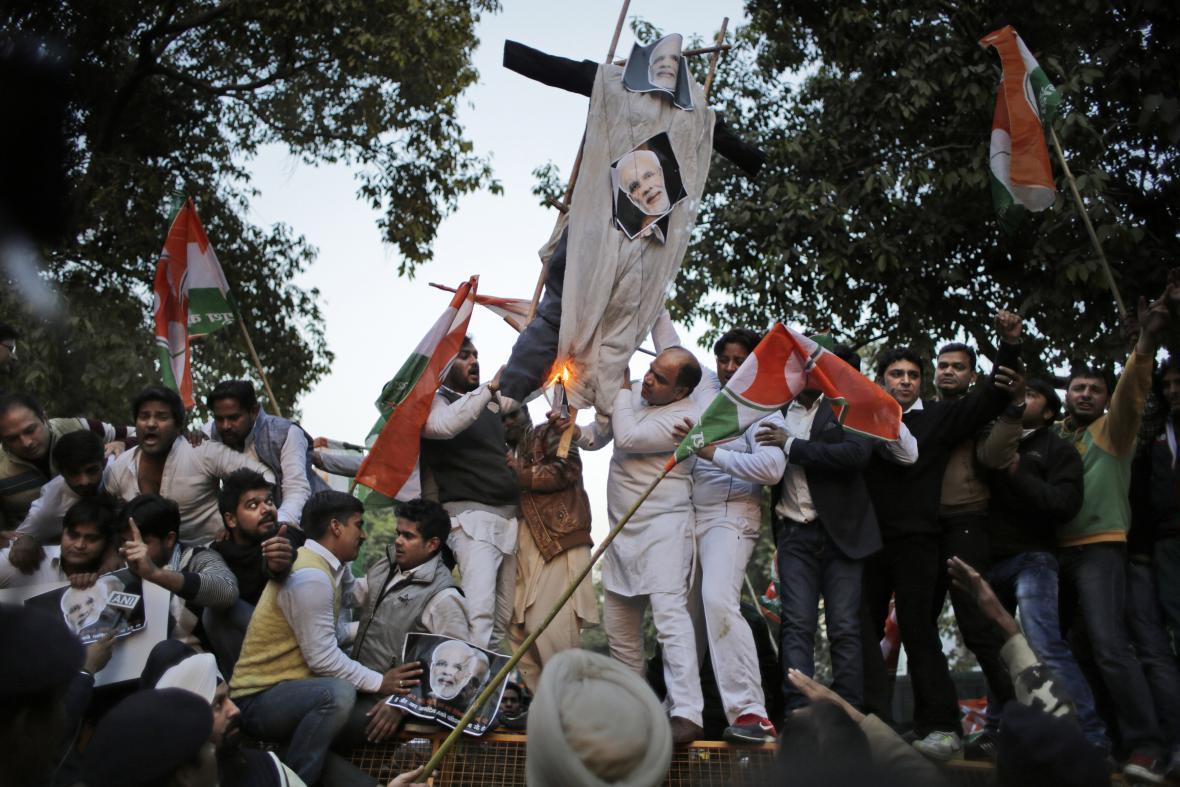 V Pákistánu se demonstrovalo proti návštěvě indického premiéra