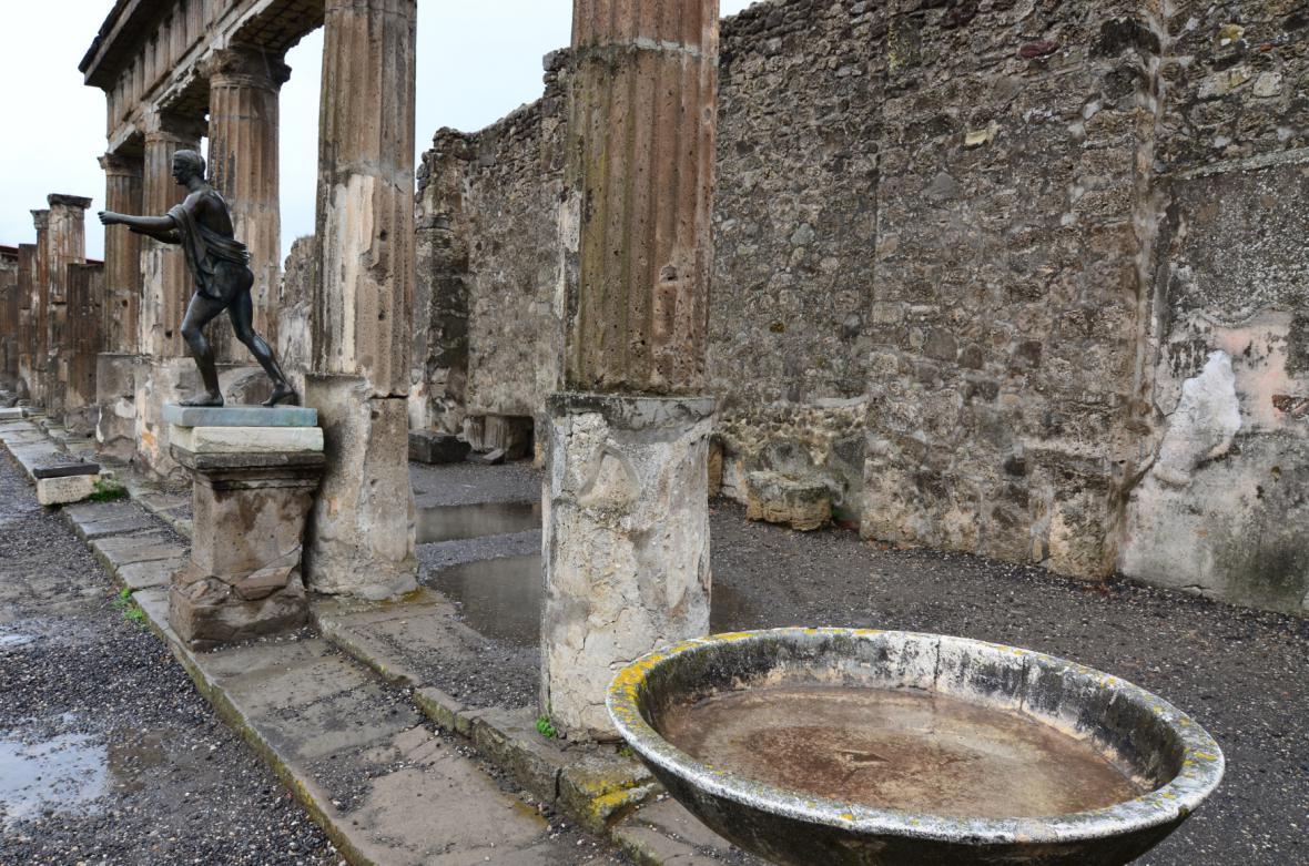 Archeologické vykopávky města Pompeje