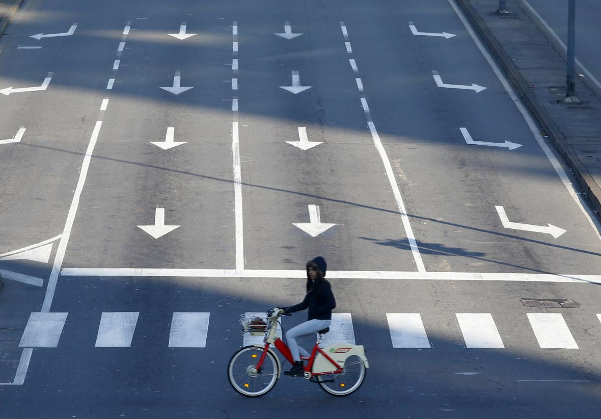 Silnice Milána bez aut