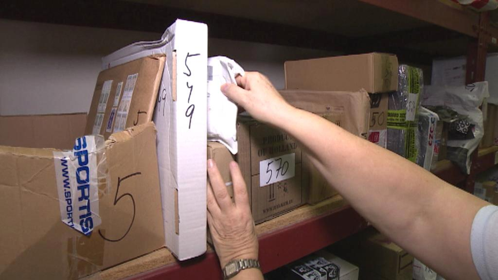 Poštovní sklady jsou plné nevyzvednutých balíčků