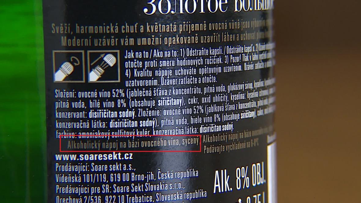 Produkt je možné odlišit podle zadní etikety