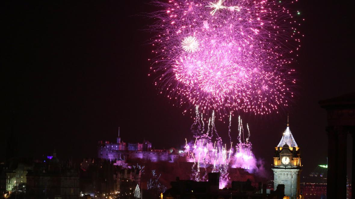 Nový rok a skotský Edinburgh