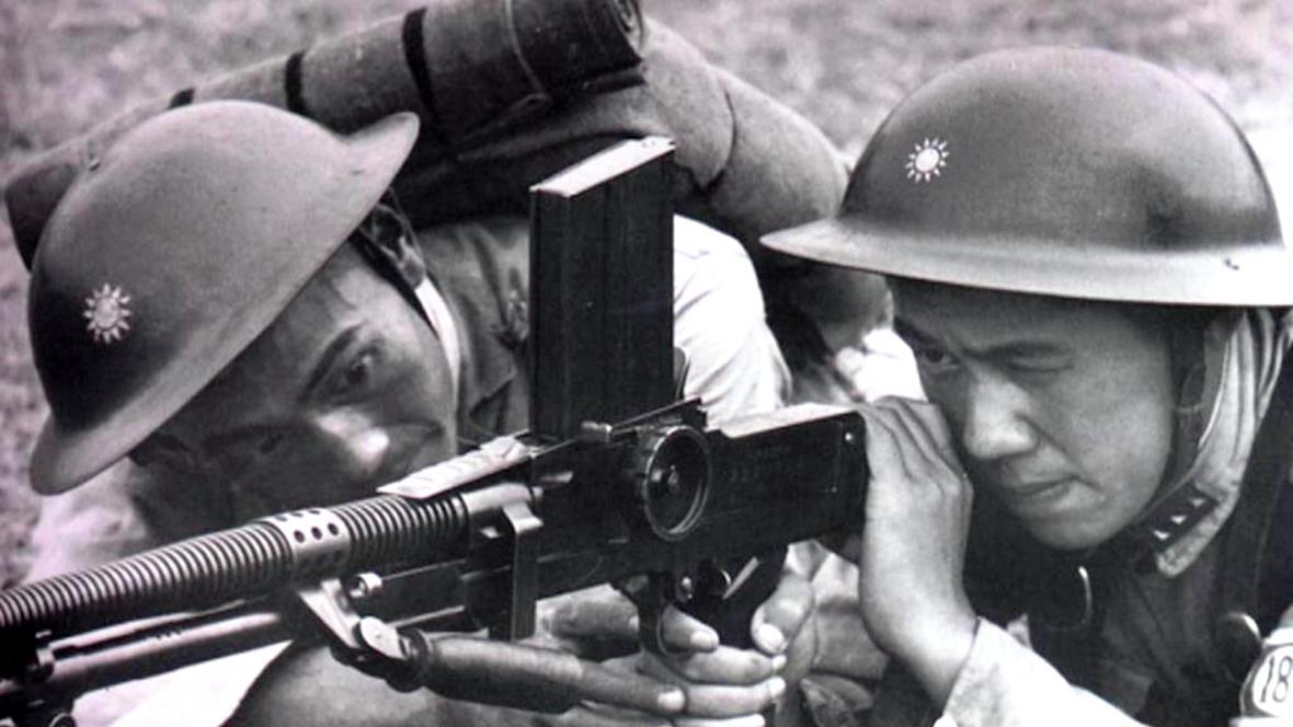Čínští vojáci s československým kulometem ZB 26