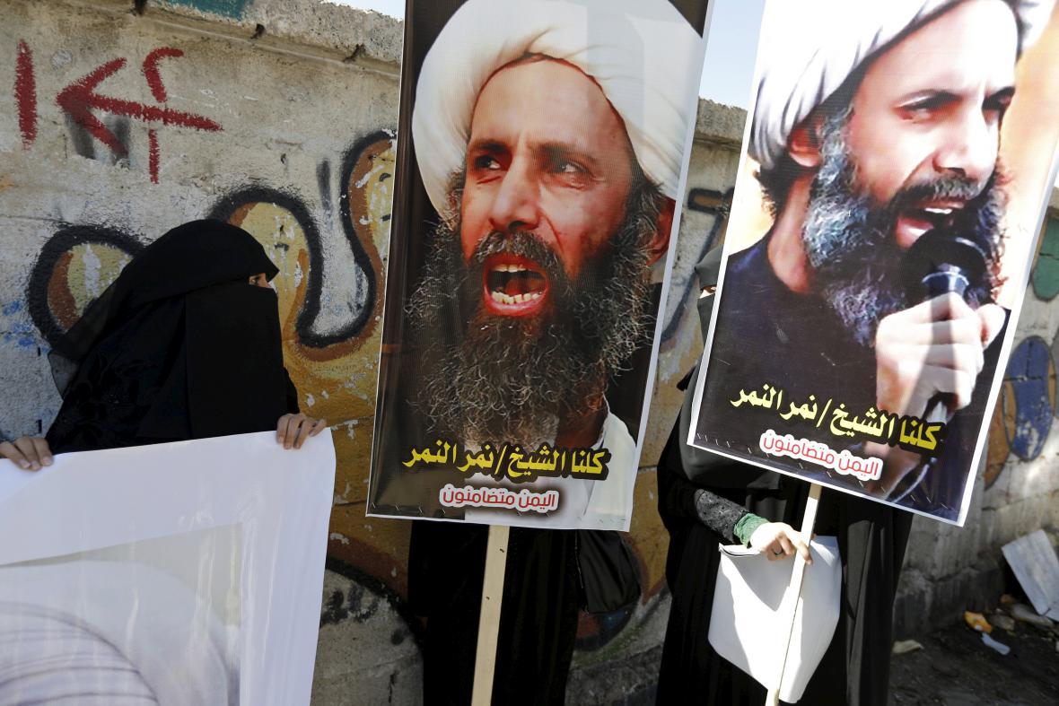 Protesty proti popravě šajcha Nimra v jemenském městě Saná