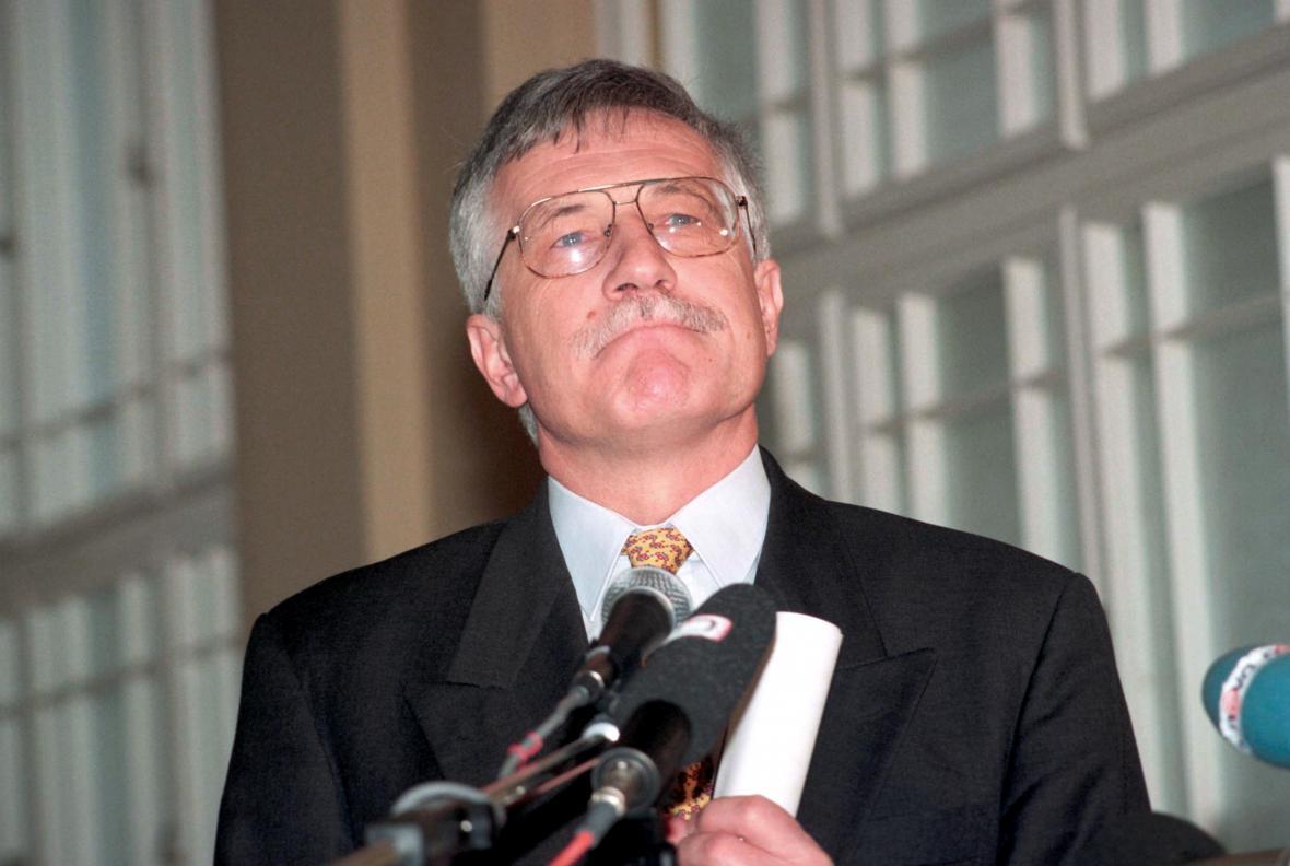 Václav Klaus jako předseda vlády