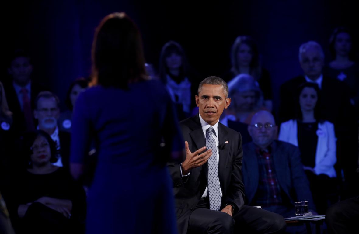 Americký prezident Barack Obama debatoval o zbraních