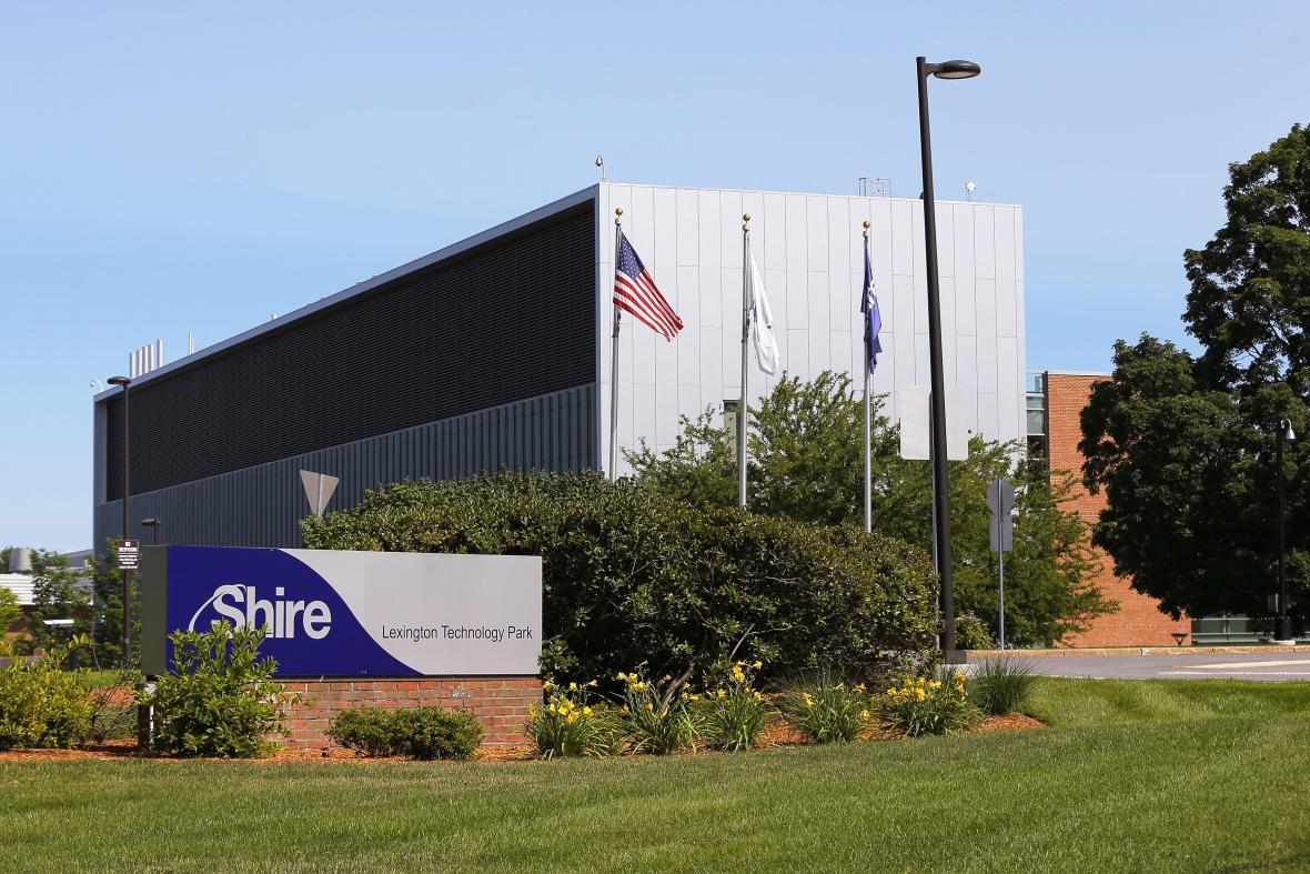 Farmaceutický koncern Shire kupuje konkurenční Baxaltu.