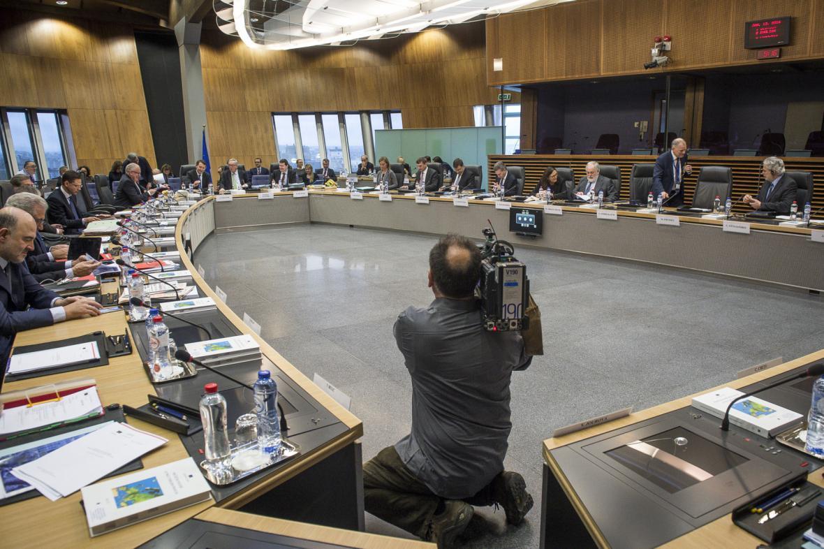 Zasedání eurokomisařů, na kterém se jednalo o Polsku