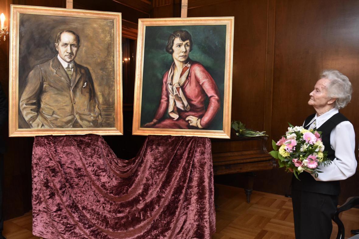 Kopie portrétů Alfreda a Hermine Stiassných