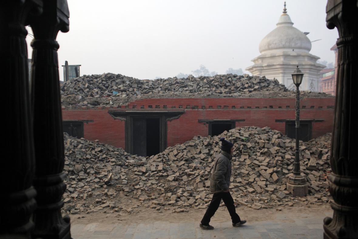 Nepál tři čtvrtě roku po zemětřesení