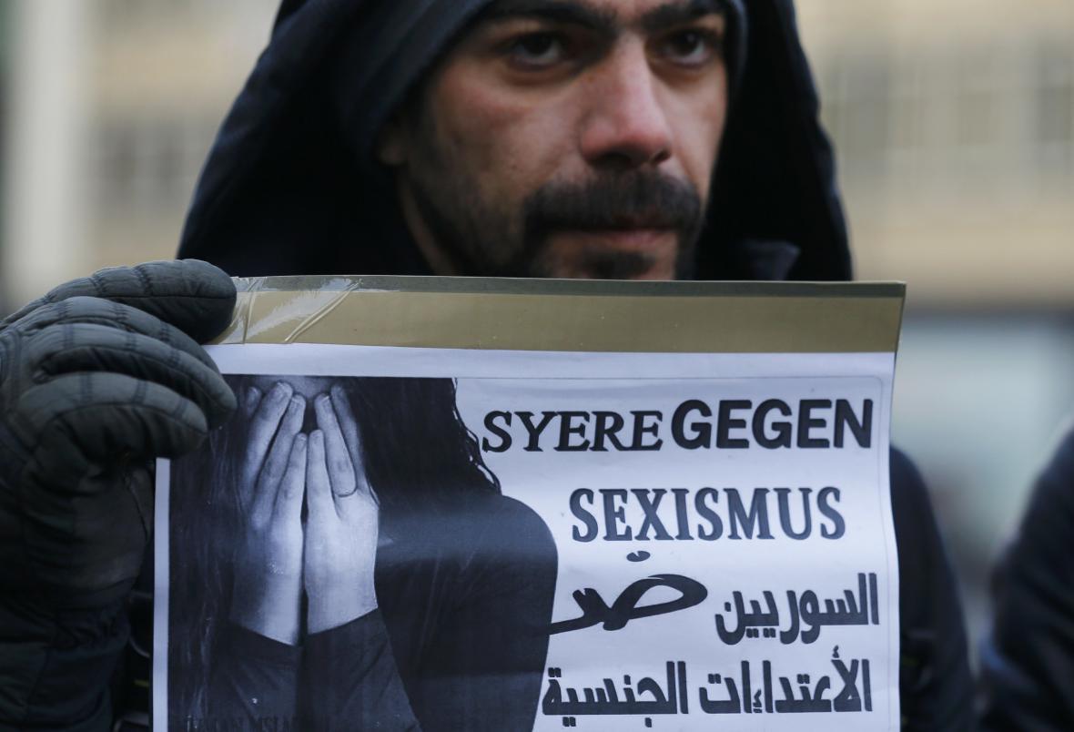 Syřané v Kolíně nad Rýnem protestují proti sexistickým útokům