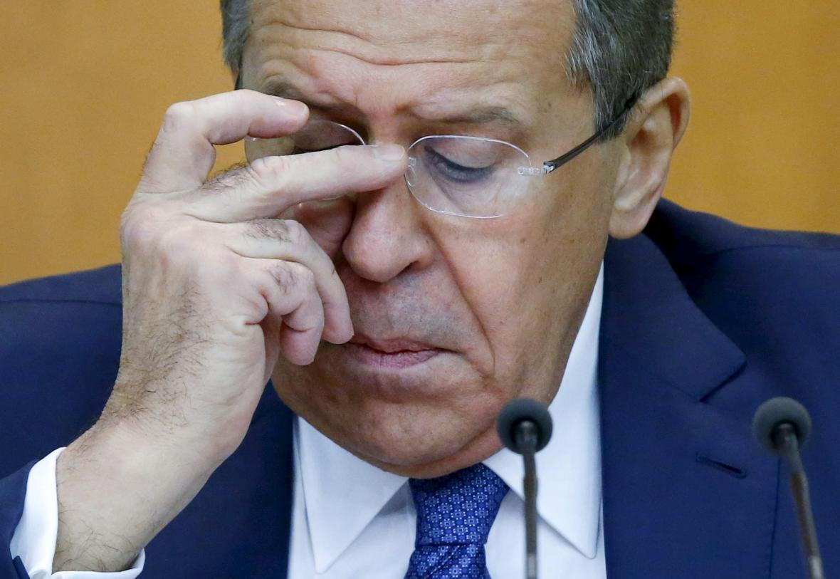 Sergej Lavrov na výročním brífinku