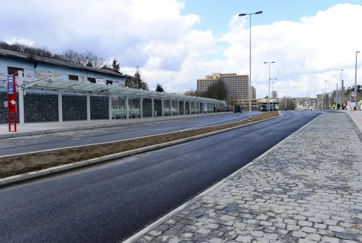 Autobusový terminál Nádraží Veleslavín