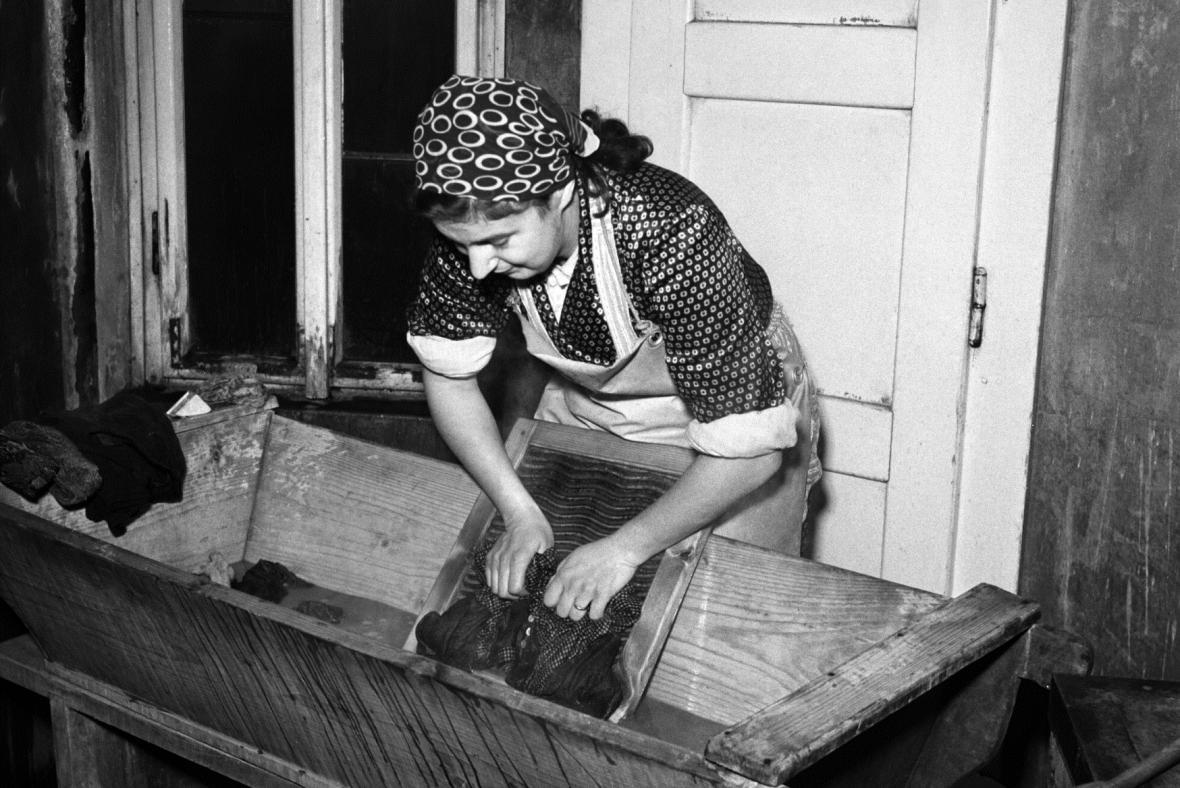 Praní na valše (1948)