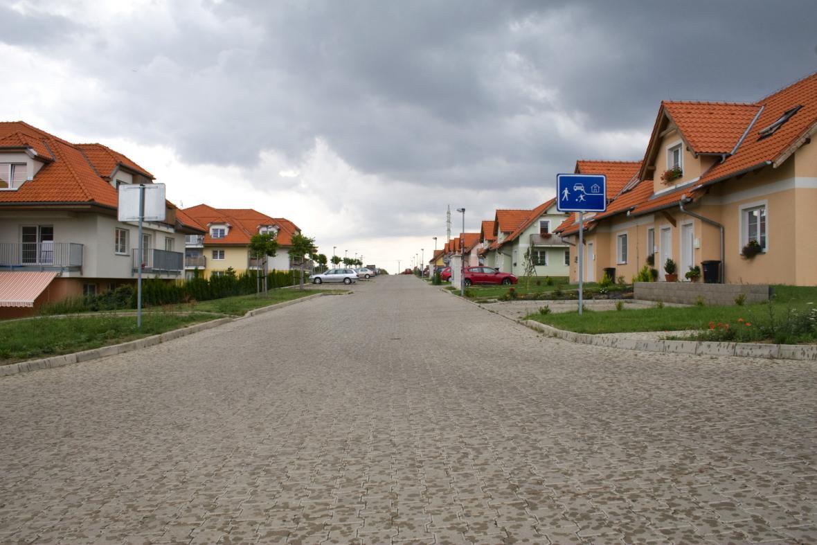 Satelitní domy
