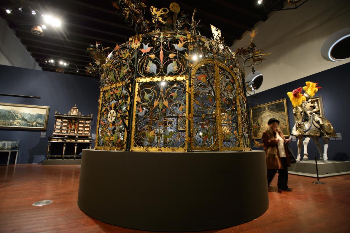 Výstava Hrady a zámky objevované a opěvované