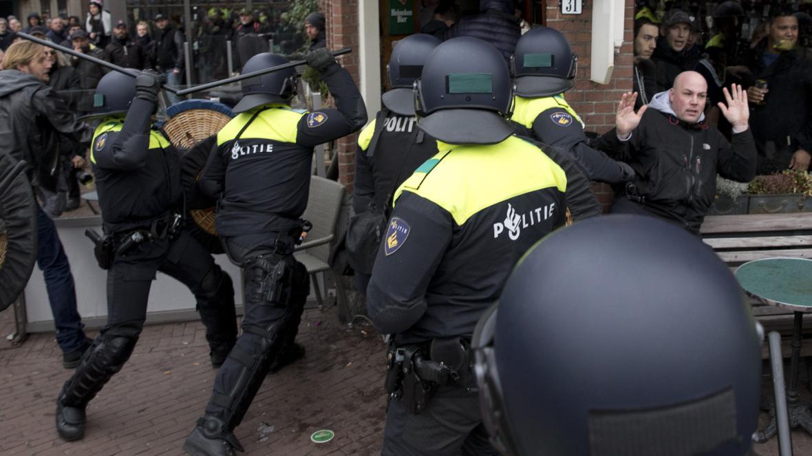 Demonstrace v Amsterdamu
