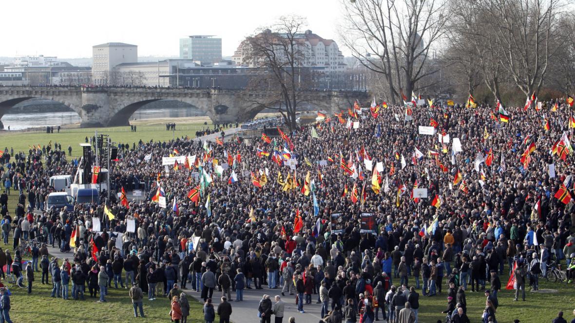 Demonstrace Pegidy v Drážďanech