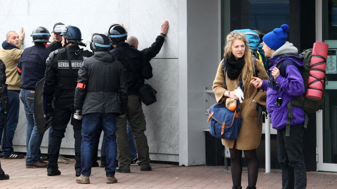 Policie zasahovala v Calais