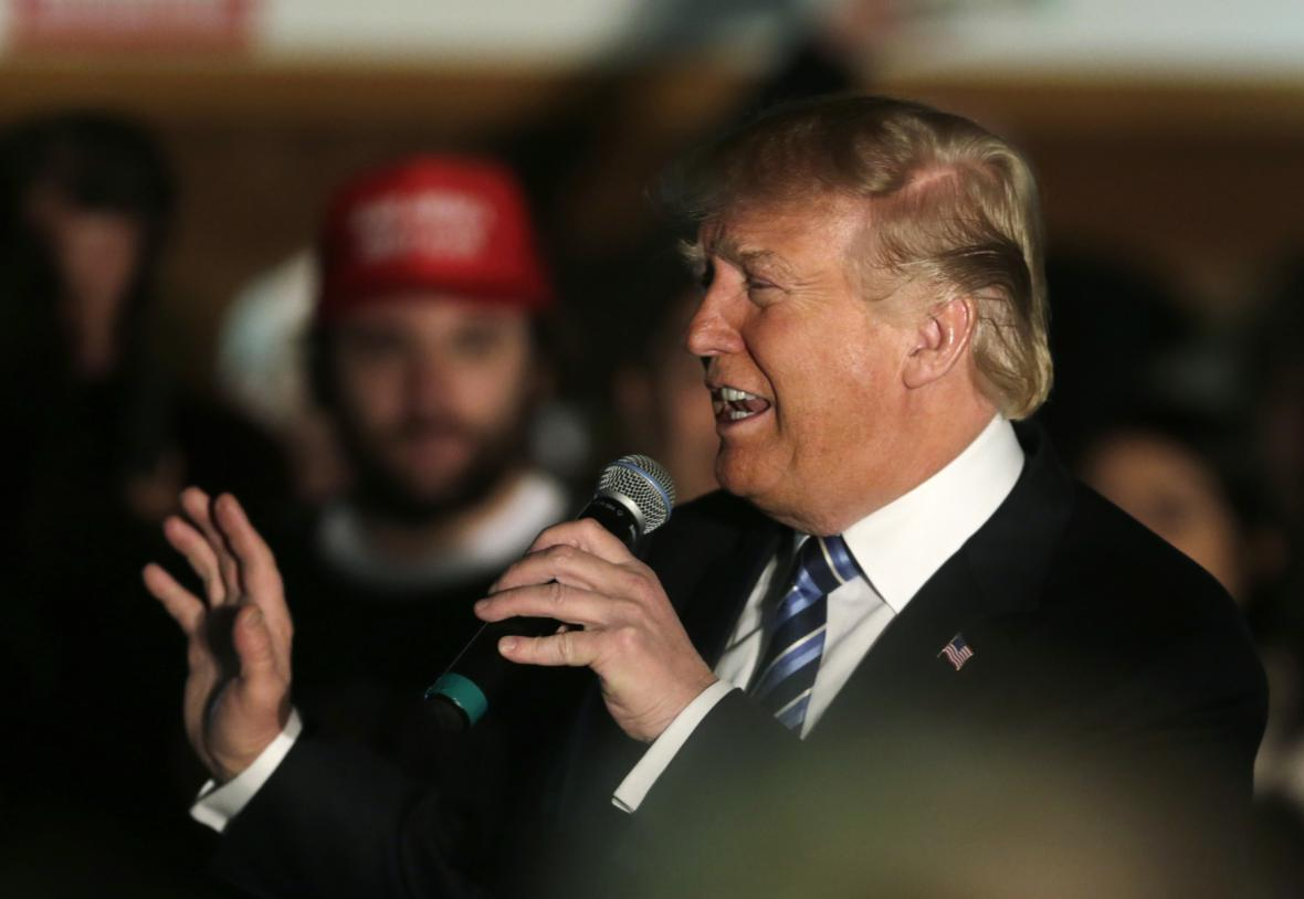 Donald Trump při kampani v Salemu
