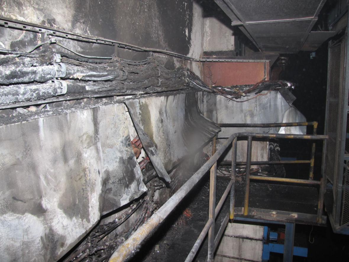 Následky požáru v drážních objektech v Bohumíně