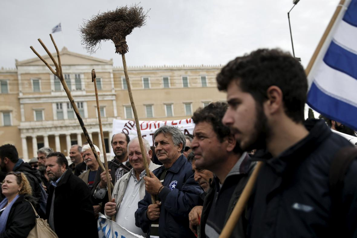 V Aténách pokračují protesty zemědělců
