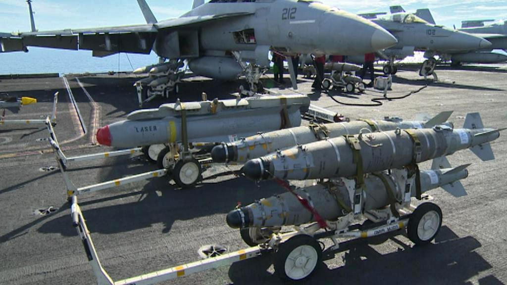 Výzbroj pro letouny na lodi Harry S. Truman