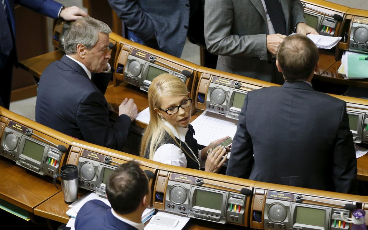 Tymošenková stáhla z vlády jediného ministra své strany