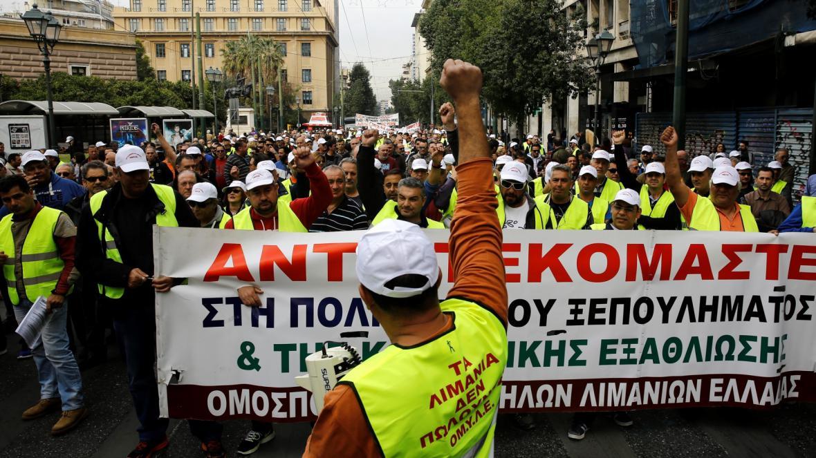 Protest kvůli prodeji přístavu v Řecku