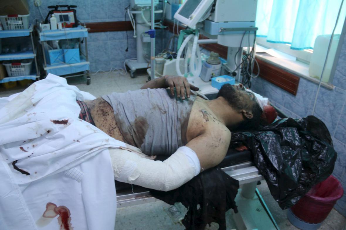 Muž zraněný při americkém náletu v Libyi