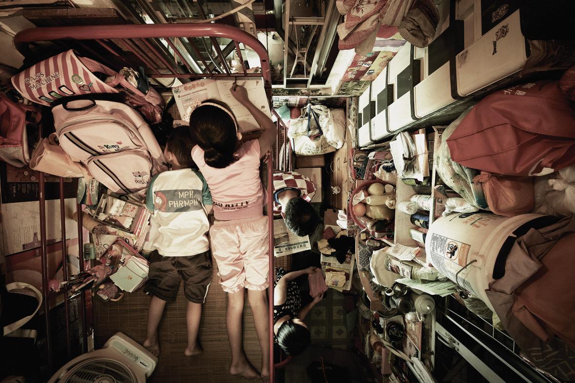 Benny Lam / Z cyklu Domov v kleci, Honk Kong, 2012