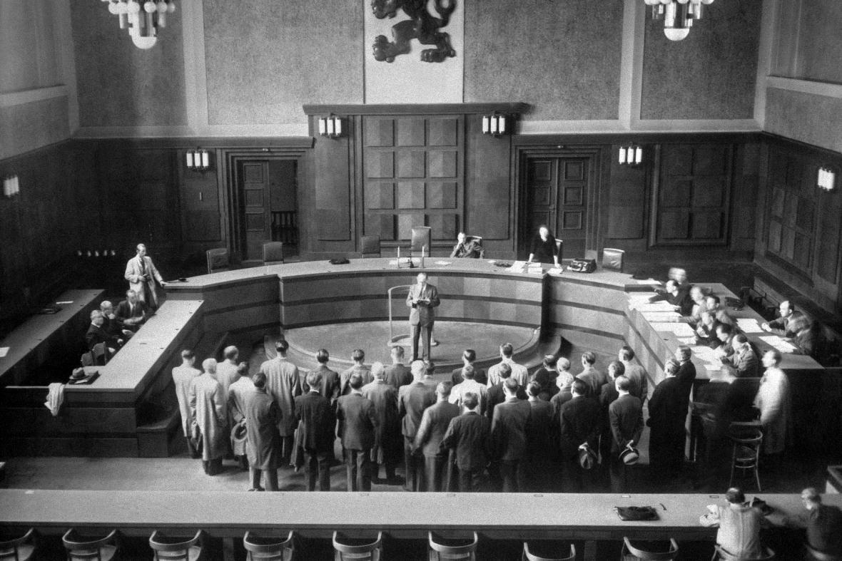 Soud na Pankráci v září 1945