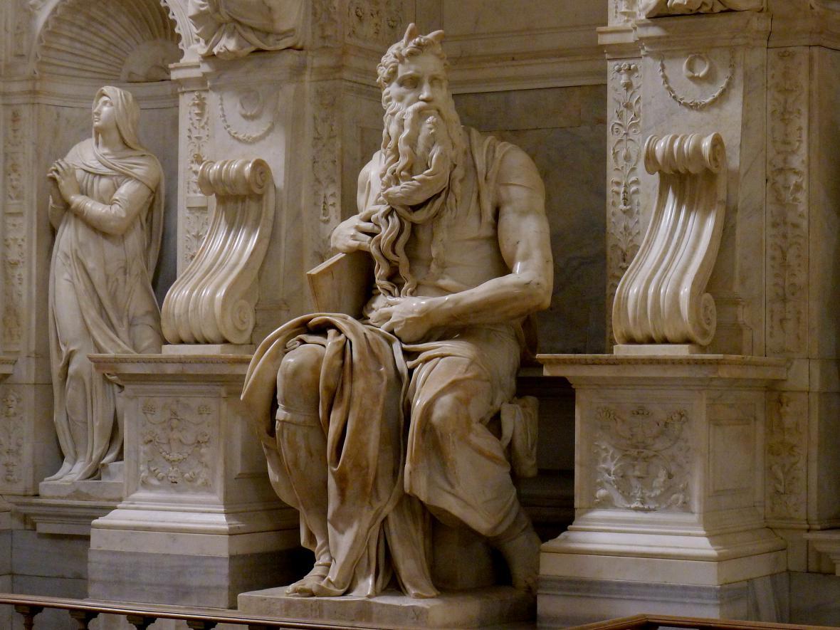 Socha Mojžíše na náhrobku Julia II (Řím)