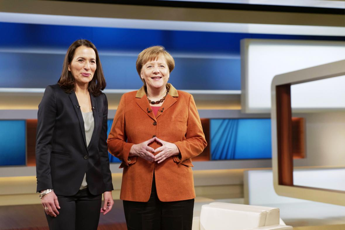 Angela Merkelová s moderátorkou ARD Anne Willovou