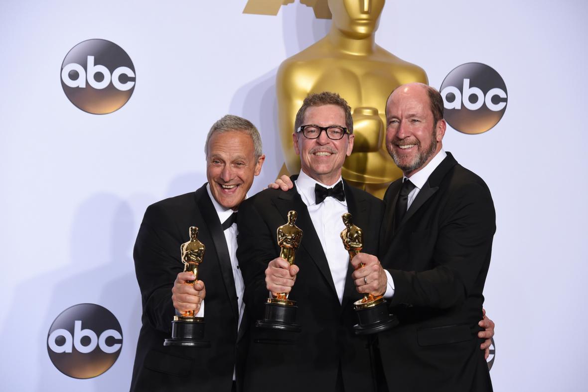 Zvukaři filmu Šílený Max Ben Osmo, Gregg Rudloff a Chris Jenkins