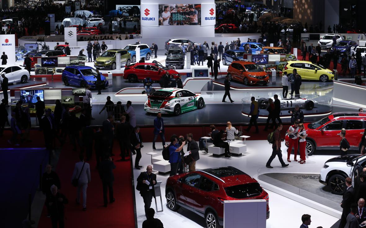 Automobily značek Suzuki a Honda na ženevském autosalonu