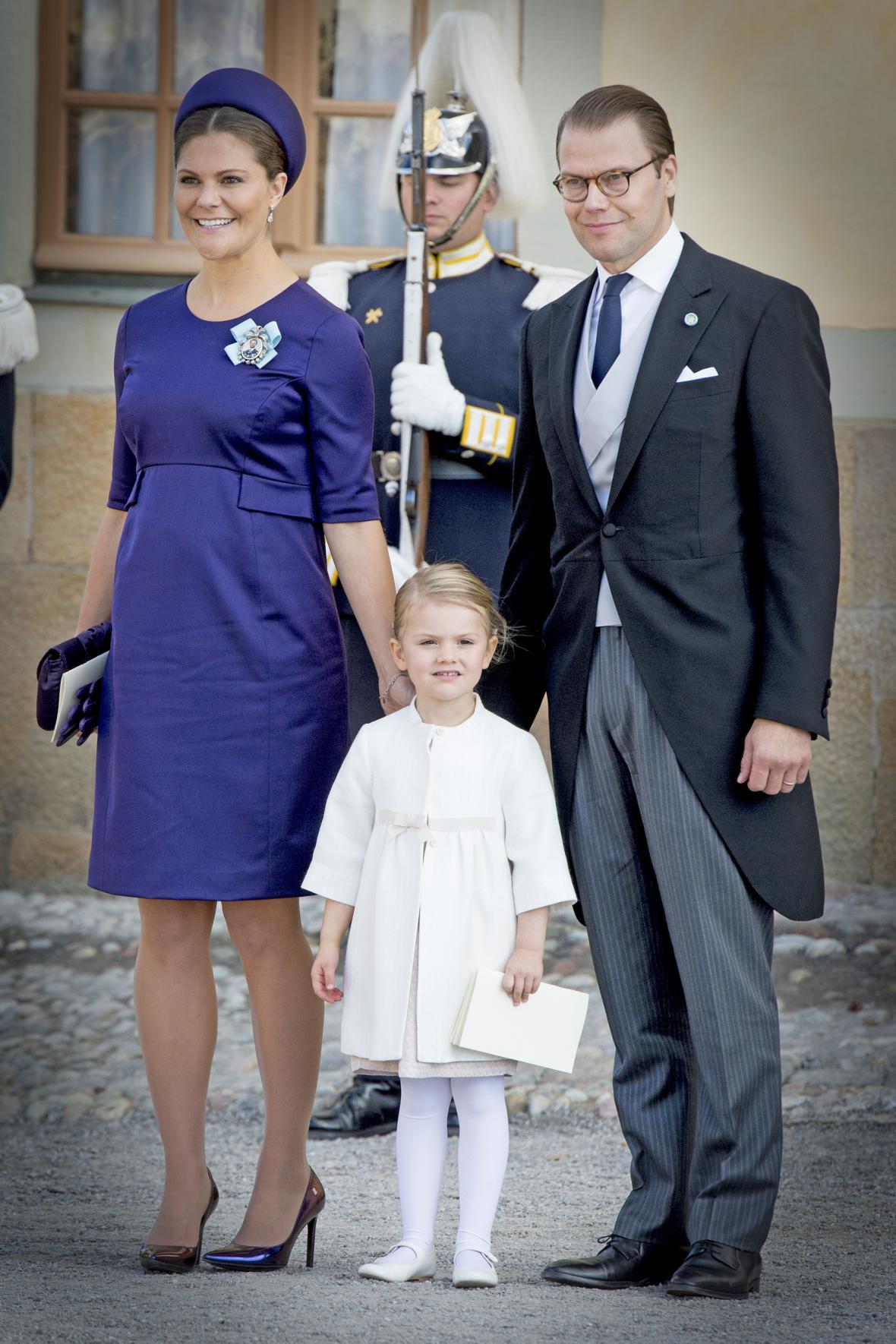 Královská rodina: Viktorie s Danielem a malou Estelle